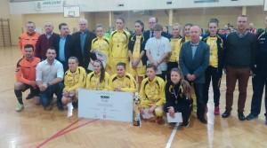Sokółki w towarzystwie Pana Mariusza Szewczyka, Burmistrza Dębicy oraz sponsora i zaproszonych gości.